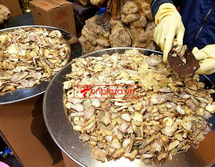 Bình 1kg sâm Ngọc Linh thái lát tẩm mật ong 7 lít NS639 4